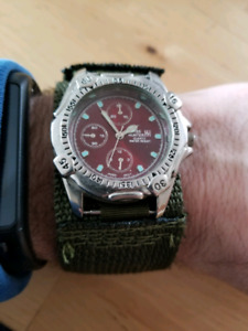 Montre homme  swiss hunter style militaire