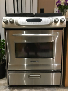 Kitchen aid Gas stove excellent condition
