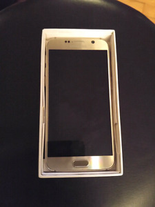 Samsung Galaxy 6s Gold Edition mint cond. 450$
