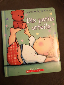 Dix Petits Orteils (French Padded Board Book)