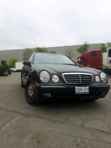 Mercedes-Benz E 55 AMG package.