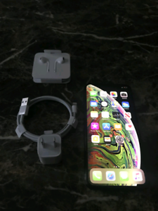 iPhone XS MAX 64GB great condition