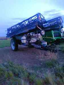 Flexicoil 67 90ft suspended boom sprayer