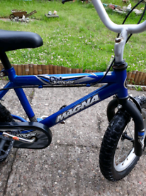 magna dirt jumper kids bike 14inch wheels