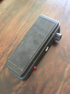 Pédale Wah Cry Baby EW-95v Volume pedal with boost