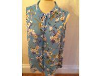 H&M chiffon feel sleeveless shirt 14