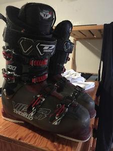 Dalbello Viper 28.5 ski boots 100 flex