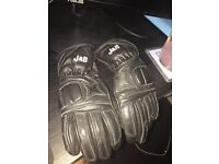 J & S Genuine Leather Children's Size 4 Gloves for Motorcycle riding (Age around 7-9)