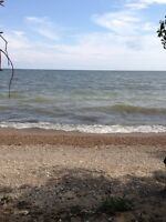 Lakefront lot just north of Gimli- offers??