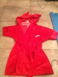 24 month red wing robe