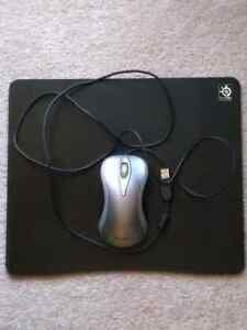 Microsoft Comfort Optical Mouse 3000 & SteelSeries Mousemat