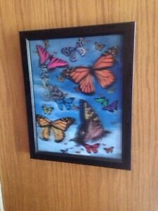Holographic Butterflies