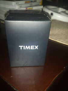 Brand new Timex Blue dial Easy reader watch genuine leather Cambridge Kitchener Area image 3