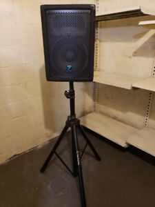 Yorkville YX10 PA Speakers - Pair with stands