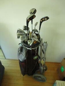 Sac de golf et batons droitier complet