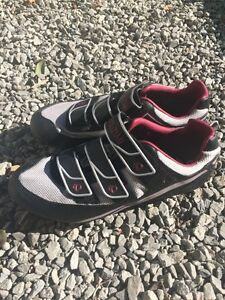 Ladies clip in cycle shoes