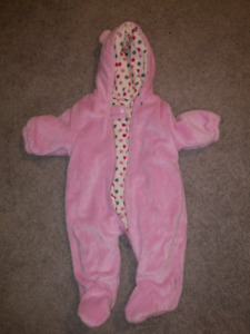 Children's Place winter suit 0-6m