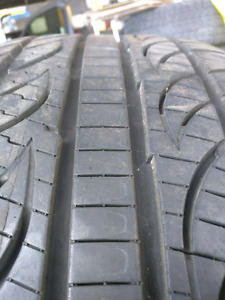 19 inch Pirelli P zero nero performance tires - almost new