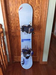 FORUM Snowboard and Bindings 147