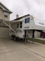 2006 Areolite fifth wheel