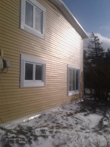 Mature house for sale Torbay NL