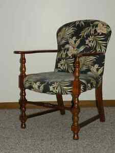 Chairs (Upholstered) Windsor Region Ontario image 4