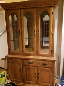 Solid Oak 2 pc Hutch and Buffet
