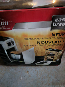 BNIB Sunbeam Breadmaker.