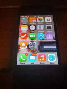 IPhone 4, 16gb unlocked with Wally wallet and wake up light Cambridge Kitchener Area image 5
