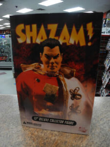 """Shazam! 13"""" Deluxe Collector Figure DC Direct"""