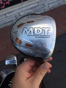 Golf clubs for right-handed player/Bâtons de golf pour droitiers