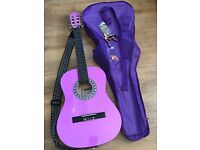 Girls lilac 3/4 guitar,bag and strap excellent