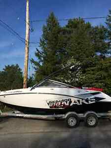 2010 210 Wake - 430HP - Excellent Condition