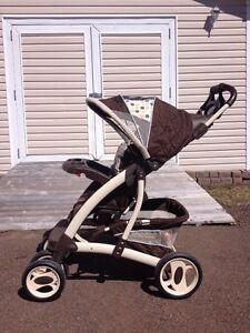 Unisex Graco stroller LIKE NEW condition!!