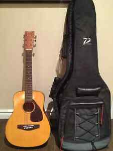 YAMAHA JR-1 Guitar