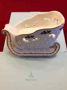 PARTYLITE Holly Leaf Sleigh Candle/Ornament Holder Strathcona County Edmonton Area image 1