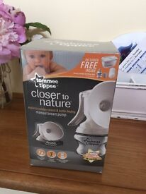 Manual tomme tippee breast pump