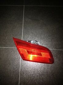 BMW 3 SERIES E92 PRE LCI O/S REAR BOOT LID LIGHT