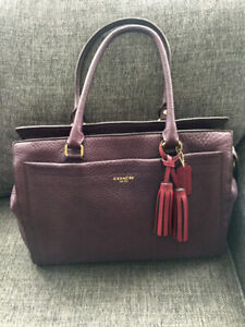 Beautiful Authentic Leather Coach Bag in Eggplant