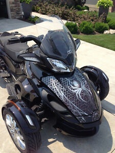 Can Am Spyder wraps & graphics