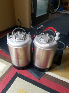 9l home brew stainless kegs (pair)