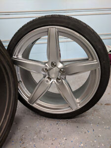 "Braelin 22"" rims with tires"