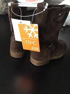 Girls Size 8 brown suede riding boots  Kitchener / Waterloo Kitchener Area image 3