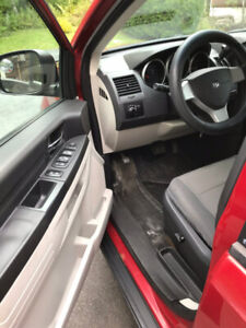 Dodge Grand Caravan (REDUCED)