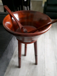 Table side salad bowl