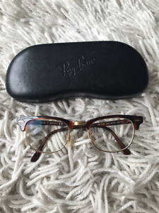 Authentic Ray Ban Clubmaster Havane Tortoise RB5154