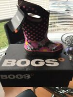 Girls Bogs Winter Boots Size 10