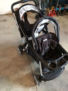 Graco two seater stroller Windsor Region Ontario image 2