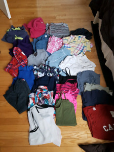 Assortment of Ladies Clothes full garbage bag $25