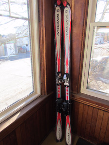 Rossignol Carve Pro 10.5 men's downhill skis